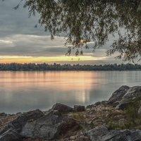 Вечер у реки :: Оля Володина (Бурмистрова)