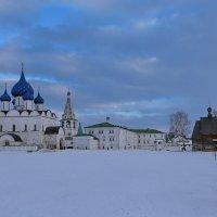 Суздальский Кремль, вечер :: галина северинова