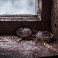 Забытые очки :: Валерий Стогов