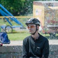 Велосипедист :: Сергей Тарабара