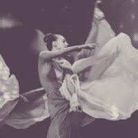 Танец №2... :: Арина