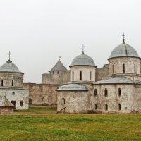 Внутри крепости :: Олег Попков