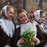 Лица с весёлой масленицы... :: Александр Попов