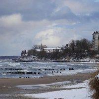Побережье Зеленоградска в марте :: Маргарита Батырева