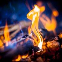 Огонь костра на Валааме :: Олександр Волжский
