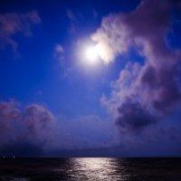 Море,ночь. :: Геннадий Беляков