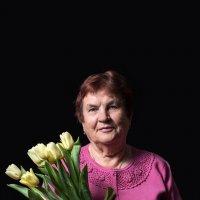 Бабушка :: Сергей Добрыднев
