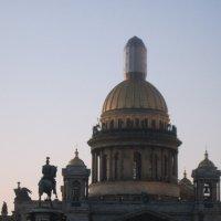 Исаакий и памятник Николаю I :: Маера Урусова