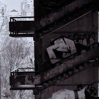 Городские зарисовки. Лестница на дно :: Алекандр Зиновьев