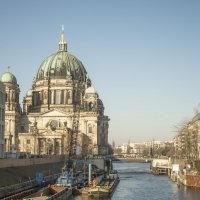 Берлинский кафедральный собор (нем. Berliner Dom)-вид на одну из башен :: Александр