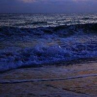 Ни души - только море шумит :: Alexander