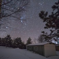 Уютный домик с видом на Космос :: Olga Lakeeva