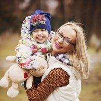Леночка  и мама :: Андрей Молчанов