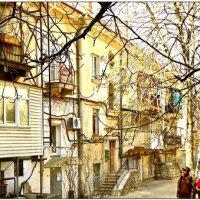 Севастополь. Во дворе папиного детства... :: Кай-8 (Ярослав) Забелин