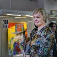 На выставке :: Марина Ломина