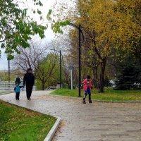 Набережная городского пруда Нижний Тагил :: Елизавета Успенская