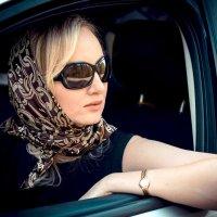 Девушка за рулем :: Надя Sh