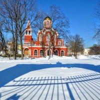Благовещенская церковь в Петровском парке :: Анатолий Колосов