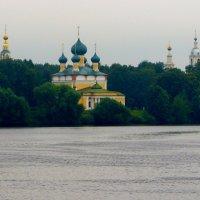 ПО ВОЛГЕ-МАТУШКЕ :: Восточный