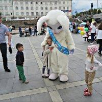 Магазин пришёл к детям :: Leonid Rutov