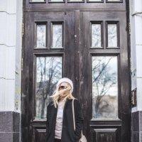 Прогулка по Малой Бронной :: Катерина Швецова