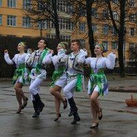 Танцуют все :: Татьяна Панчешная
