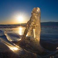 Байкаьская льдинка на закате :: Ирина Бруй