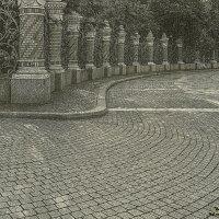 Решетка Михайловского сада :: Valeriy Piterskiy
