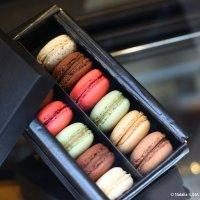 Пирожные Макарон - любимое лакомство парижанок! :: Фотограф в Париже, Франции Наталья Ильина