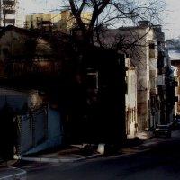 Старая улочка в центре города. :: Надежда Ивашкина