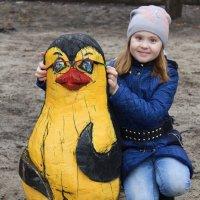 примерка очков в парке :: Анна Шишалова
