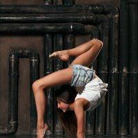 Гимнастка :: Anna Lesnikova