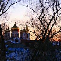 Вечер мартовский опускается с небес ... :: Евгений Юрков