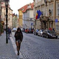 Прага.  В горку... :: Ирина Румянцева