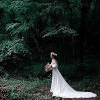 Невеста в сказочном месте :: Mitya Galiano