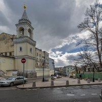 колокольня Ивановского монастыря. :: Владимир