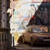 Элвис в ростовском дворе :: Игорь Попов