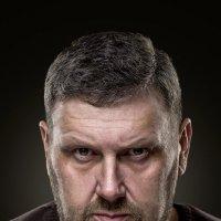 Автопортрет :: Олег Руденко