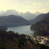Утро над озером.. :: Эдвард Фогель