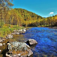 Осень на реке Тумуяс :: Сергей Чиняев