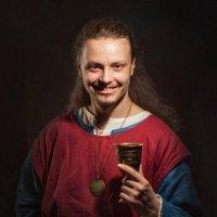 Портрет кавалера с кубком :: Олег Дроздов