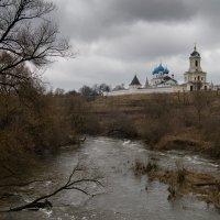 Весна у монастыря :: Сергей Калистратов