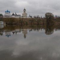 плотина у монастыря :: Сергей Калистратов