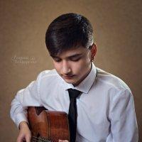 Юный гитарист :: Георгий Бондаренко