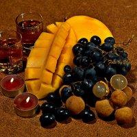 Свечи, манго и т.д. :: Владимир Куликов