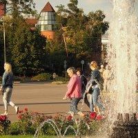 ритмы города или приятный уголок :: Олег Лукьянов