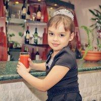 Стакан томатного сока :: Дмитрий Конев