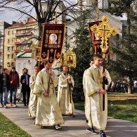 Крестный ход в Белграде :: Сергей Дабаев