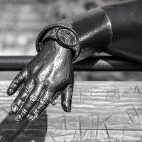 Фрагмент скульптуры :: Сергей Черепанов