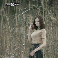 Девушка в камышах :: Антуан Мирошниченко